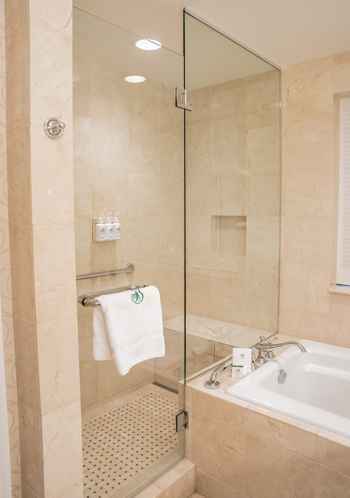Broadmoor-Bathroom-Colorado-Springs