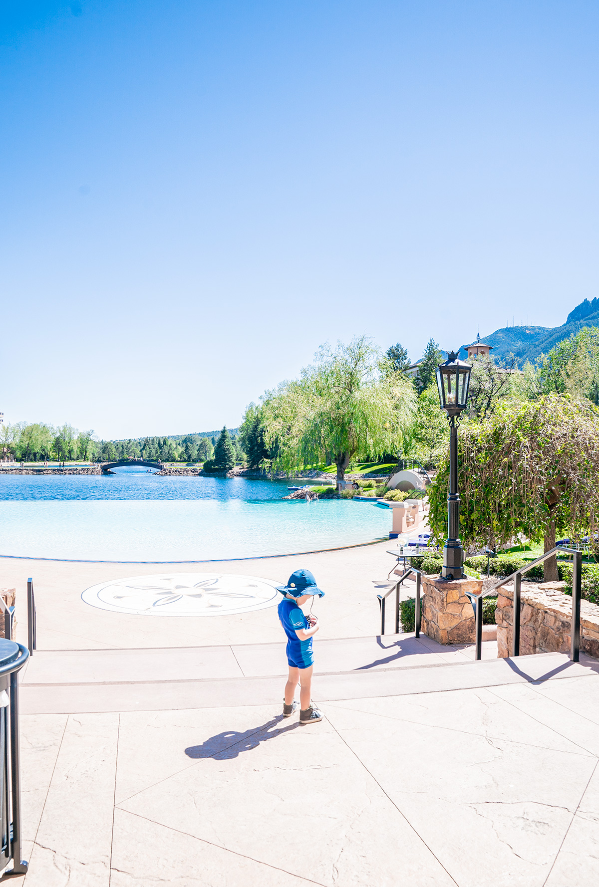 Broadmoor-Pool-Colorado-Springs