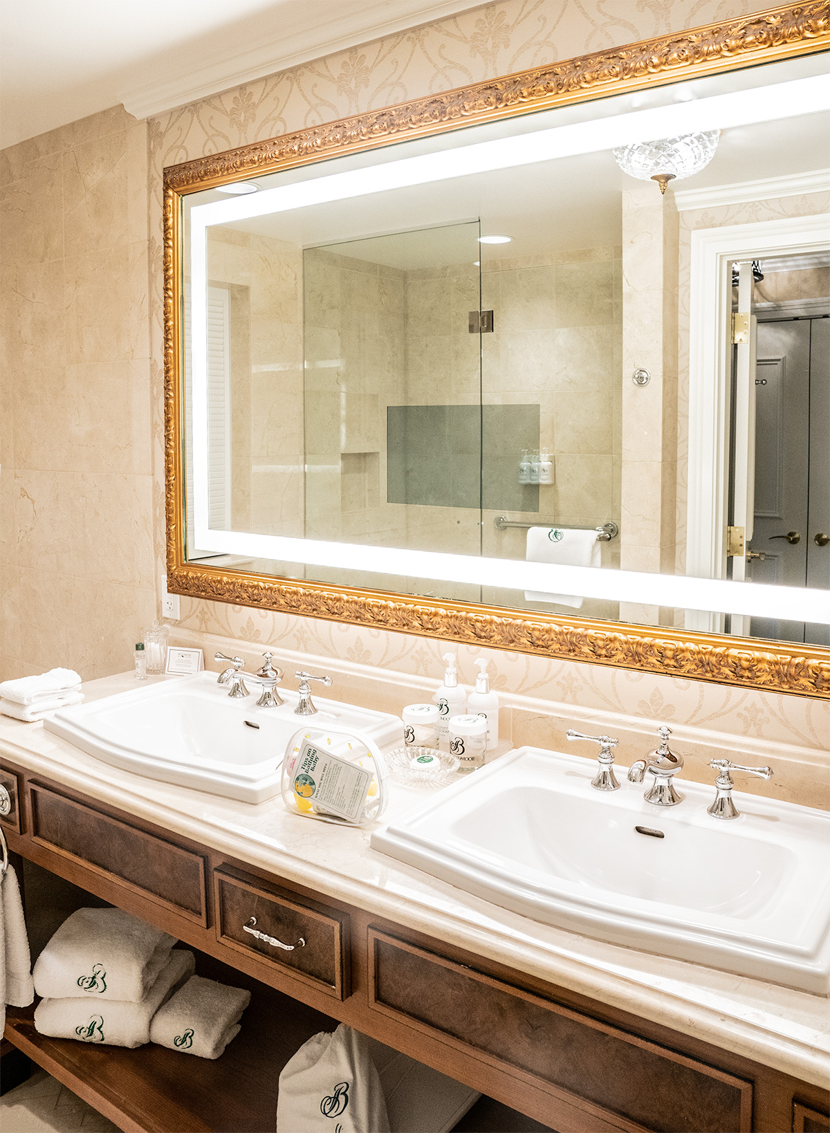 Broadmoor-Review-Bathroom-Colorado-Springs