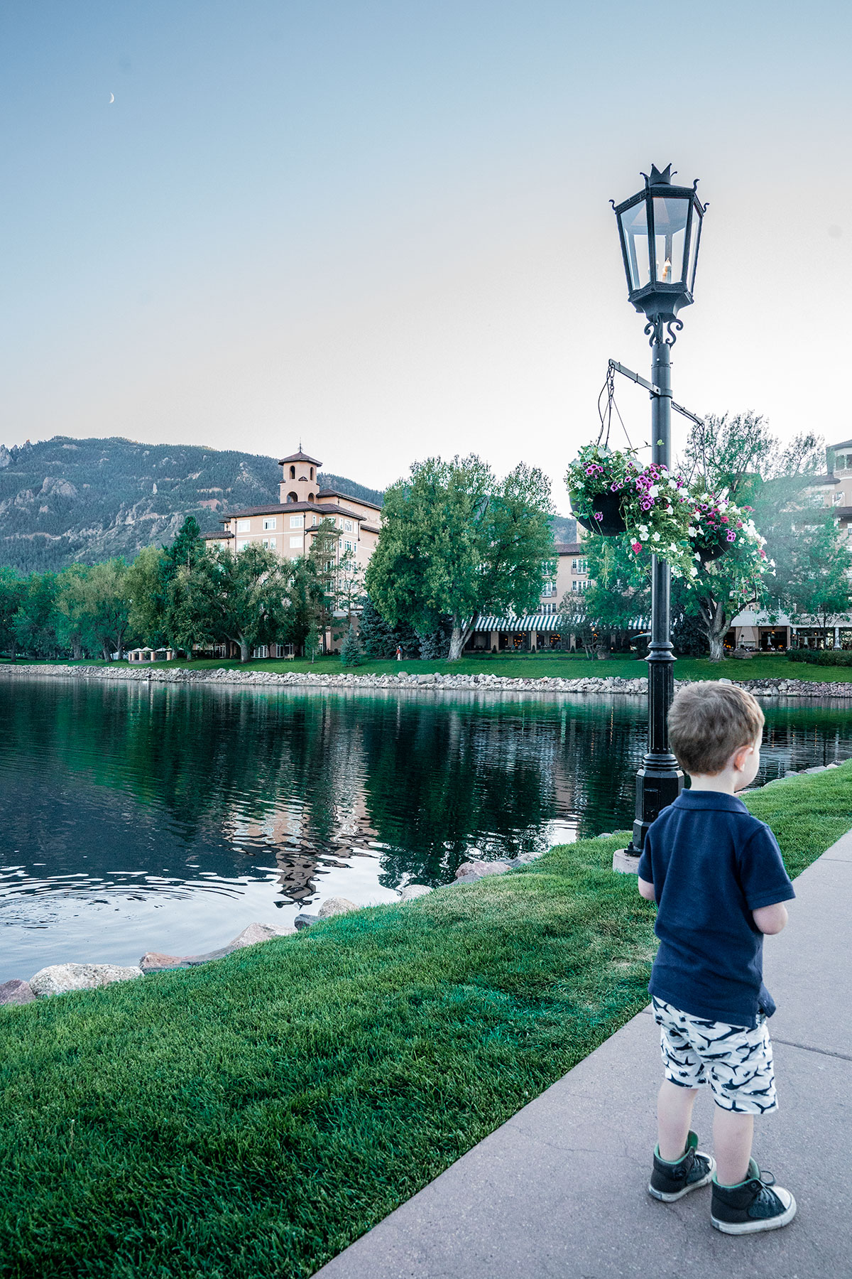 Broadmoor-at-Dusk-Colorado