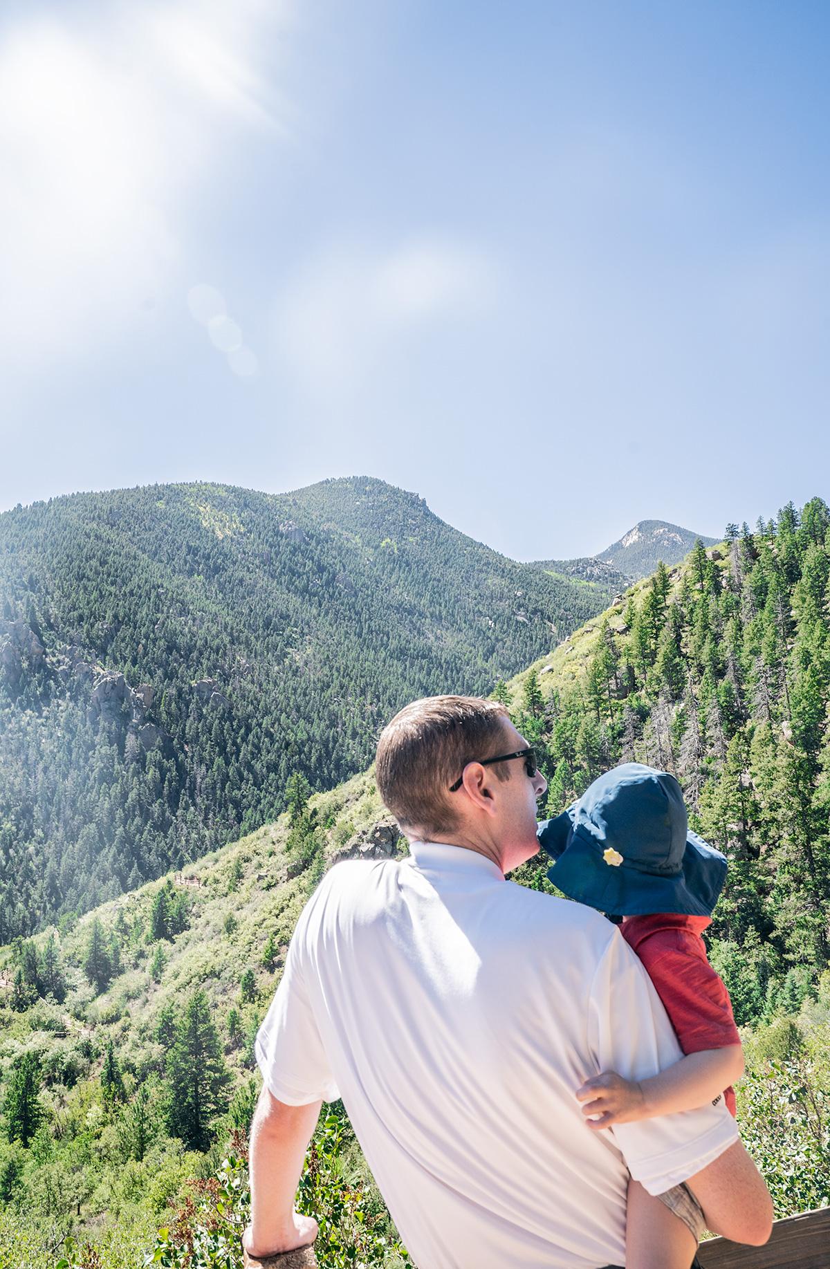 Climbing-Manitou-Incline-Colorado-Springs