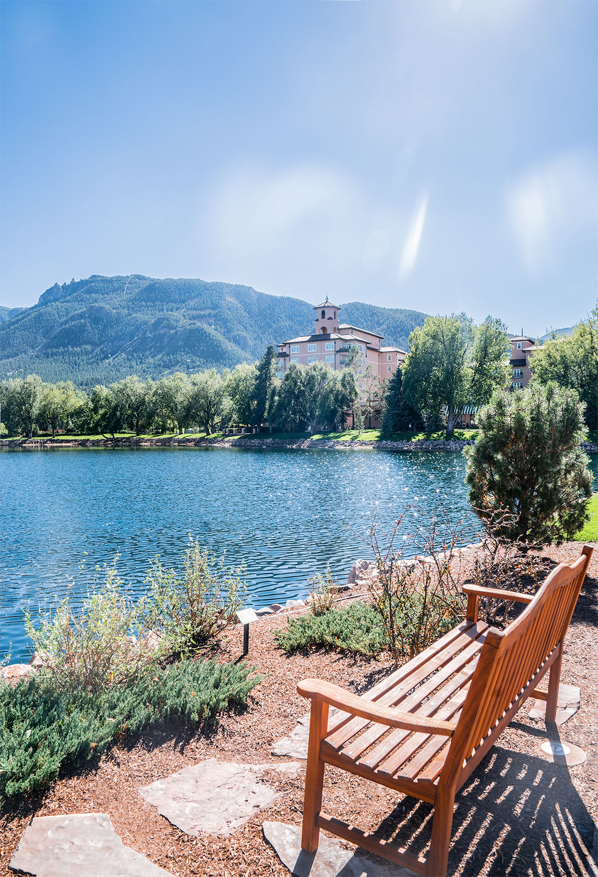 The-Gorgeous-Broadmoor-Colorado