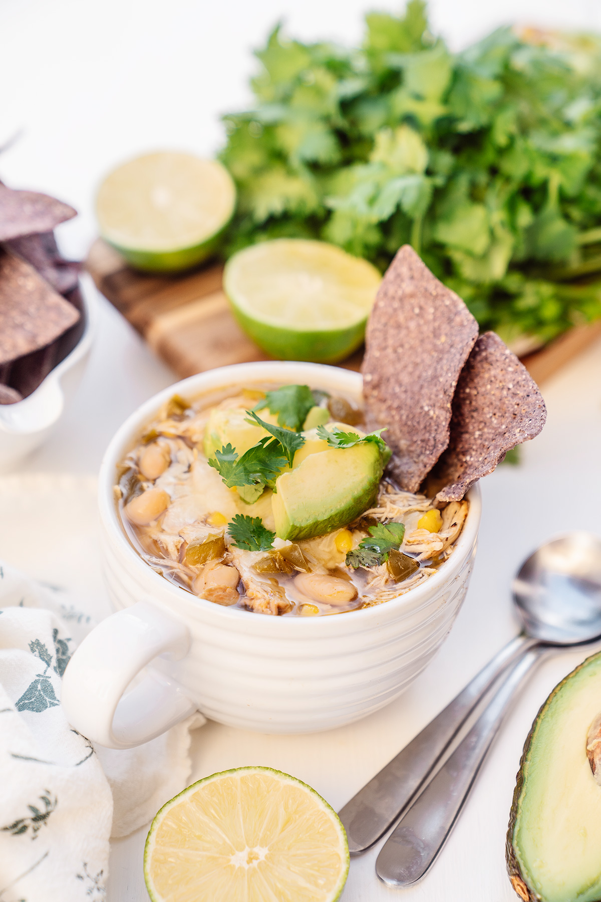 Healthy-Southwest-Slow-Cooker-Chicken-Chili