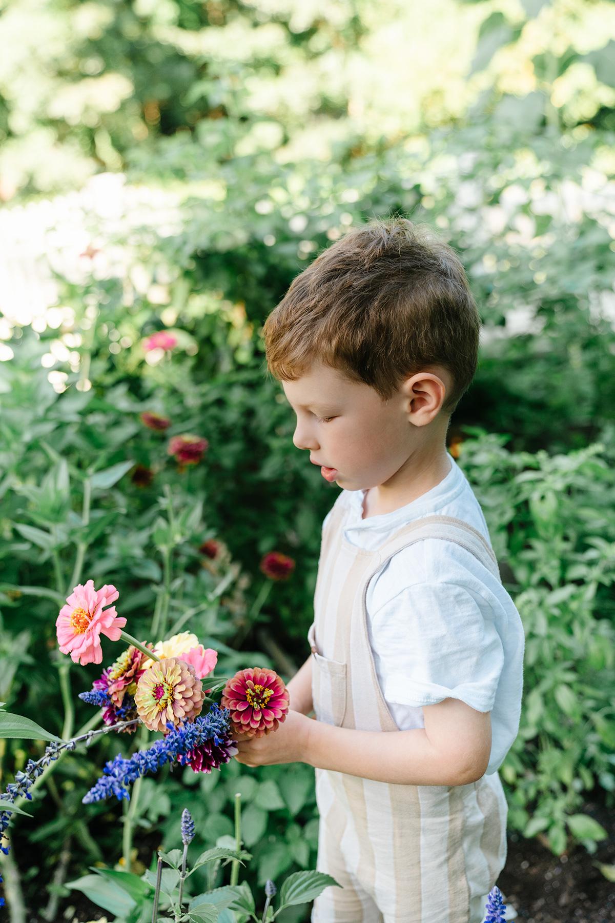 Photo-Tour-of-Our-Organic-Backyard-Garden